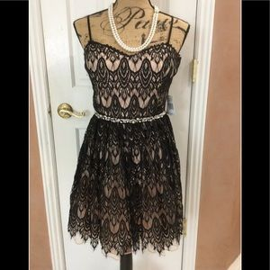 Jodi Kristopher Spaghetti Strap Lace Dress
